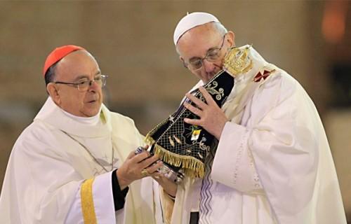 Papa: não acumular riquezas; administrá-las para o bem comum