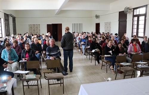 Fórum para iniciar debate sobre  Diretrizes para o Sacramento da Eucaristia