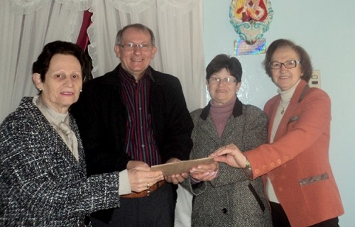 Paróquias fazem doações ao Seminário Dom Alberto