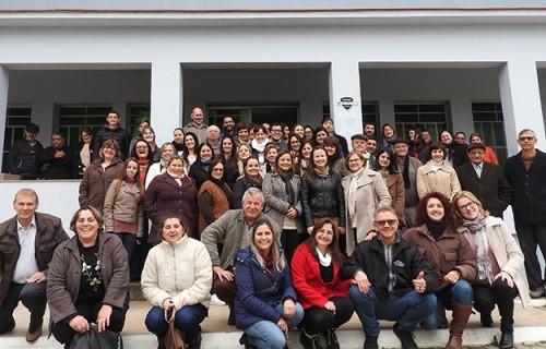 Secretárias das Paróquias participam de encontro de formação