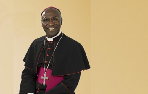 Dom Gílio renuncia ao governo da Diocese de Bagé