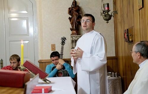 Diaconato de Felipe Bernardon: A alegria de servir os irmãos