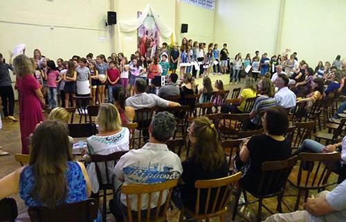 Confraternização de fim de ano reúne comunidade da Catequese