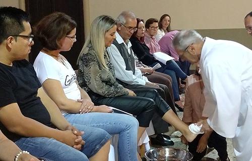 Pe. Antônio presidiu rito do Lava-pés em Lajeado